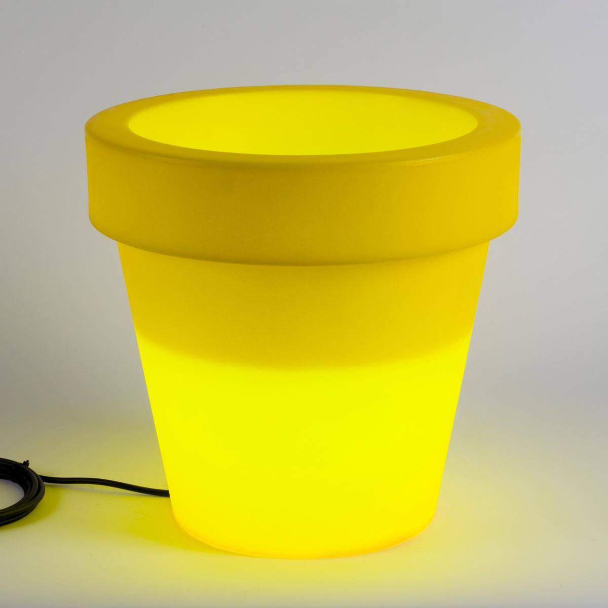 clairez votre jardin avec des pots de fleurs lumineux. Black Bedroom Furniture Sets. Home Design Ideas