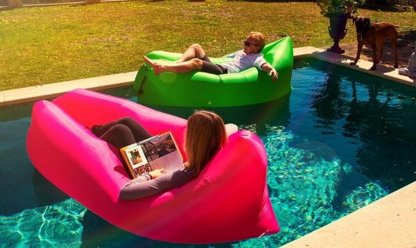 le canap lamzac hangout la tendance d co pour cet t. Black Bedroom Furniture Sets. Home Design Ideas