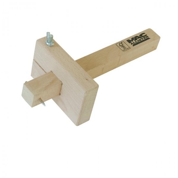 les principaux outils pour le travail du bois. Black Bedroom Furniture Sets. Home Design Ideas