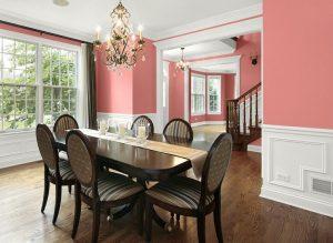 associer-couleurs-rose-bois-design-salle-a-manger