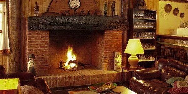 Être bien chauffé est nécessaire en hiver … Source : Pixabay