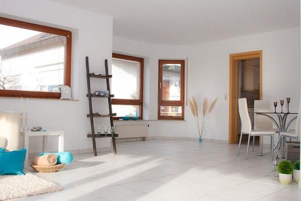 800px-Home_Staging_Beispiel_Nachher