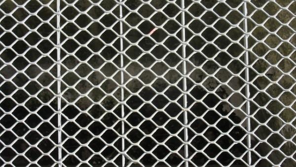 grid-651278_640