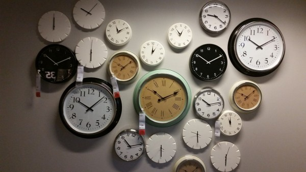 wall-clocks-534267_1280