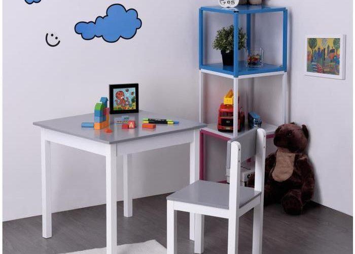 Un Bureau Enfant Dans Un Petit Espace