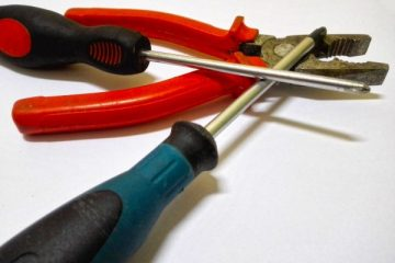 repair_combination_pliers_pincers_tools_screwdriver_work_the_foreman-551671