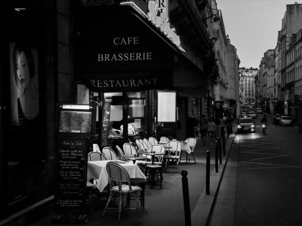 déco brasserie parisienne